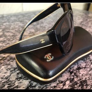CHANEL polarized Sunglasses